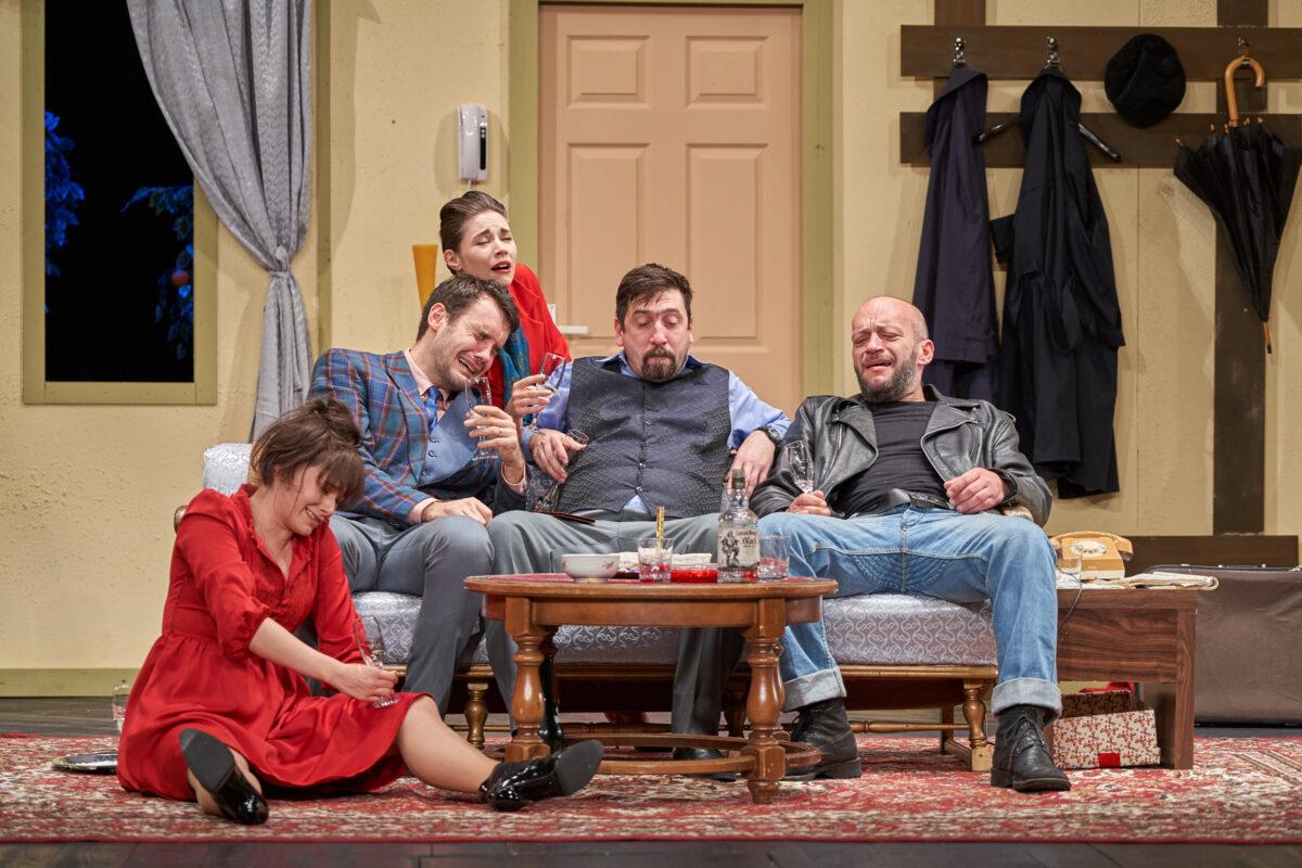 Teatrul de Nord continuă să încânte iubitorii de teatru cu spectacole în aer liber